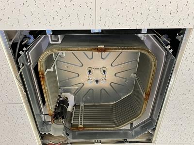 天カセ4方向エアコン分解画像