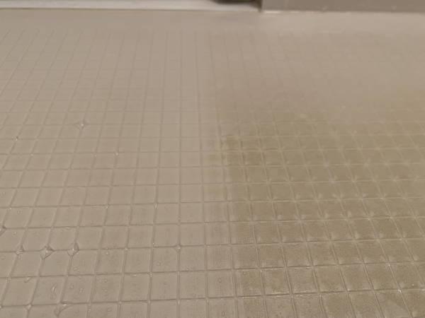 浴室床アップ